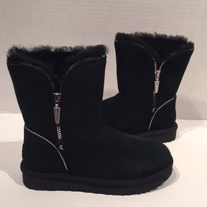 UGG Florence Black Suede Zipper WR Boots